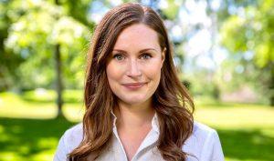 Nữ thủ tướng trẻ nhất thế giới: Từng làm đủ nghề để phụ gia đình