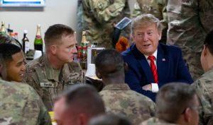 Tổng thống Trump rút tiền túi giúp 1 binh lính Mỹ thoát khỏi cảnh vô gia cư