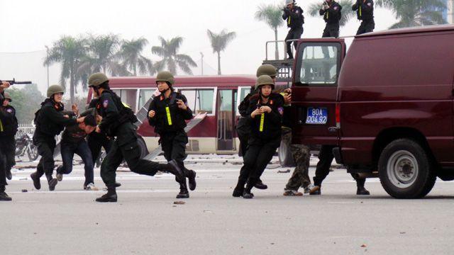 TP.HCM: Hơn 4.000 người tham gia diễn tập an ninh chống khủng bố-ảnh 2