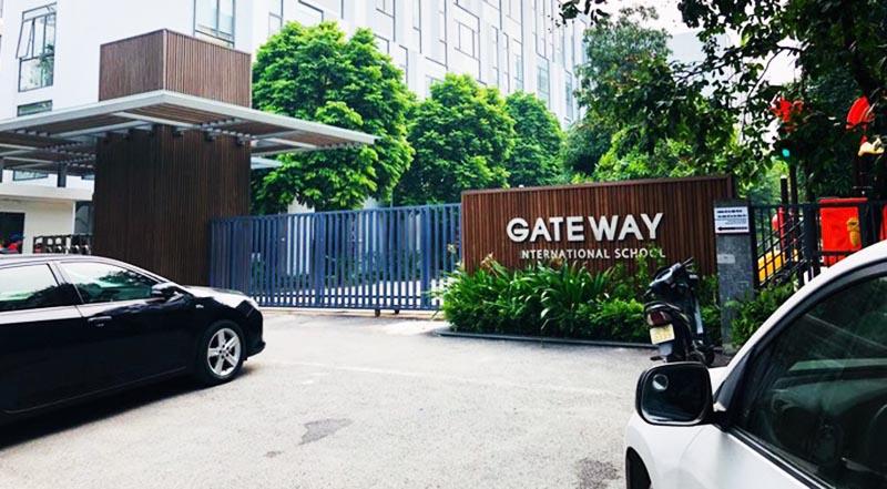 Trường Gateway, nơi xảy ra vụ việc bé trai 6 tuổi tử vong trên ô tô đưa đón. (Ảnh qua nld)