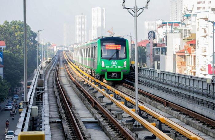 Tuyến đường sắt đô thị Cát Linh - Hà Đông dự kiến sẽ đưa vào khai thác thương mại từ cuối năm 2019.