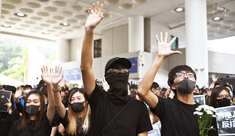 """Là nơi tiền tuyến bậc nhất của trào lưu """"chống Cộng"""" trên toàn cầu, Hồng Kông đã khởi một tác dụng rất then chốt mà không nơi nào có thể thay thế."""
