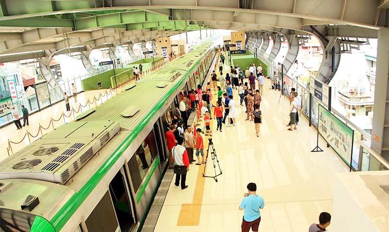 Đoàn tàu đường sắt Cát Linh - Hà Đông vẫn chưa thể vận hành chính thức.