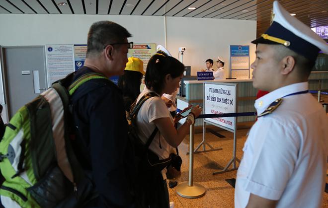 2 hành khách Trung Quốc nhập cảnh vào VN không mắc bệnh viêm phổi cấp