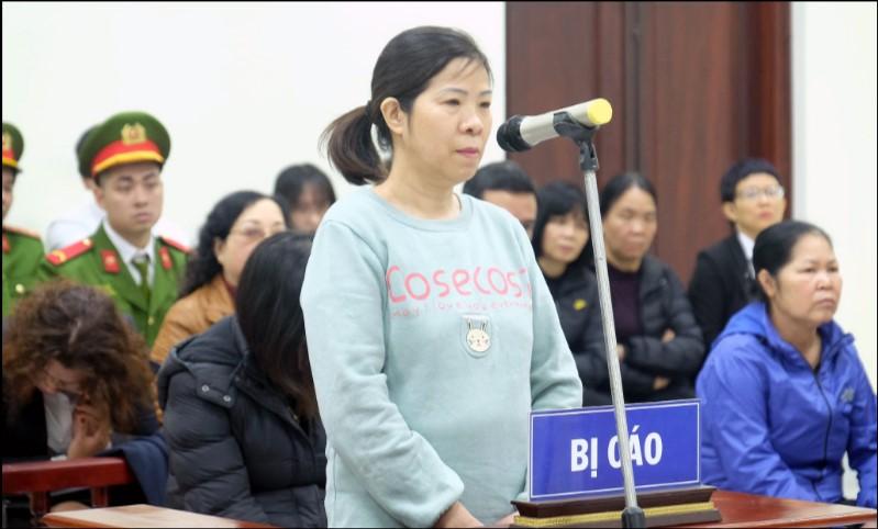 Bà Nguyễn Bích Quy tại phiên toà sơ thẩm. (Ảnh qua tuoitre)