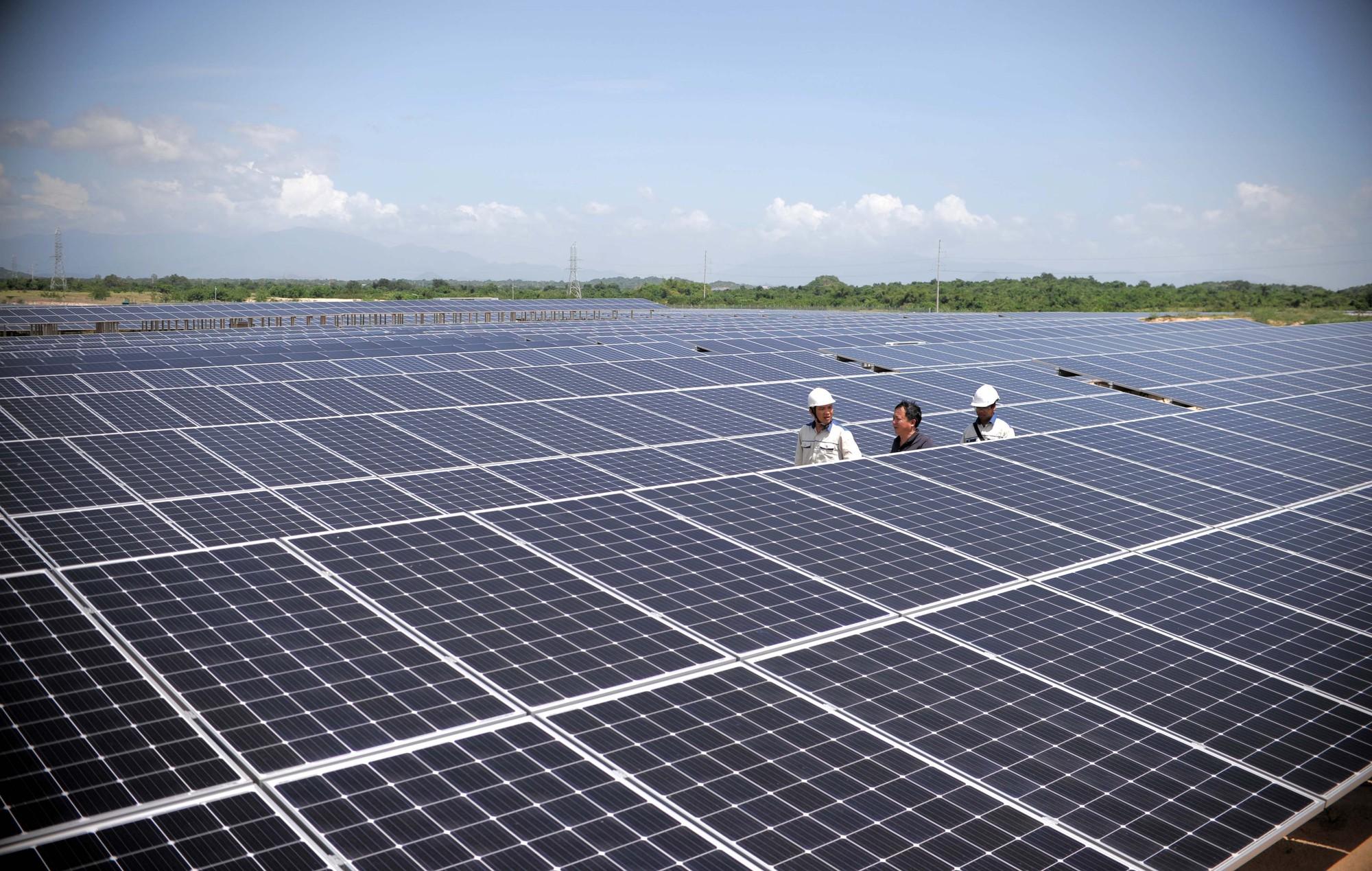 Ước tính Cục Điều tiết điện lực sẽ vẫn phải nhập khẩu khoảng hơn 2 tỷ kWh điện từ Trung Quốc và hơn 1 tỷ kWh nhập từ Làotrong năm 2020,