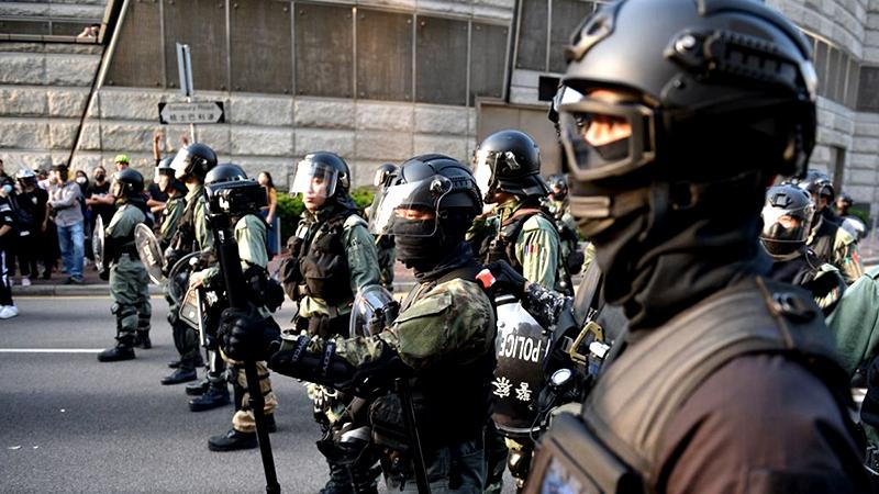 Bạo lực của cảnh sát Hồng Kông đã khiến lòng thù hận đối với cảnh sát ngày càng dâng cao.