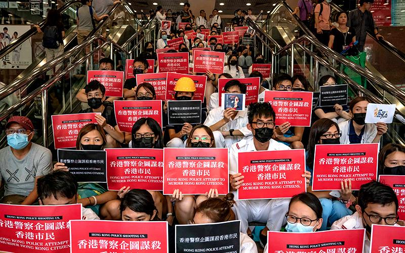Cảnh sát Đại lục thay đổi thân phận để 'né' dự luật nhân quyền Hồng Kông (ảnh 3)