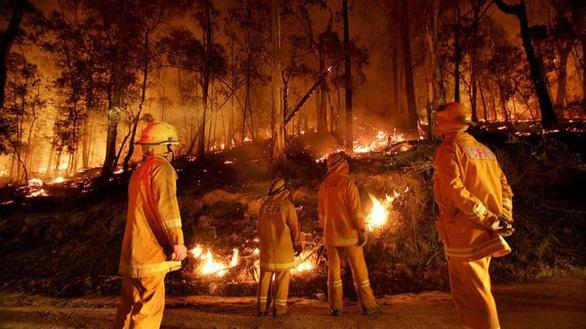 Thần tích: Ngôi chùa nằm giữa cánh rừng Úc vẫn nguyên vẹn sau trận bão lửa