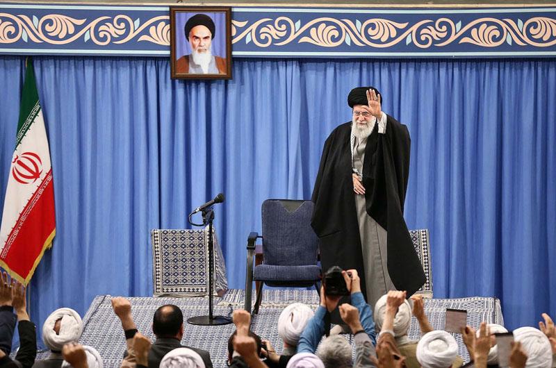 Lãnh đạo Tối cao Iran Ayatollah Ali Khamenei tại cuộc họp ngày 8/1 phát biểu về vụ tấn công của Iran nhắm vào căn cứ Mỹ ở Iraq.