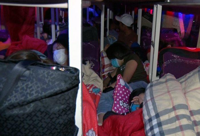 Đồng Nai CSGT xử phạt 100 triệu đồng xe khách 46 chỗ nhồi nhét 99 người-3