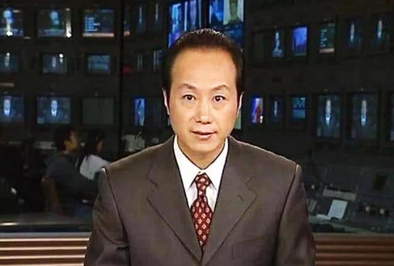 Năm 2009, La Kinh – người đang ở đỉnh cao của sự nghiệp và cuộc sống thì đột ngột qua đời, hưởng thọ 48 tuổi.