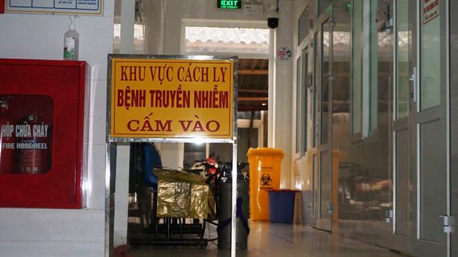 Khoa Bệnh nhiệt đới Bệnh viện đa khoa tỉnh Thanh Hóa là khu vực đang cách ly, theo dõi 4 bệnh nhân. (Ảnh qua thanhnien)