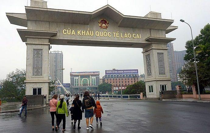 Lào Cai ngừng cho phép khách Trung Quốc nhập cảnh