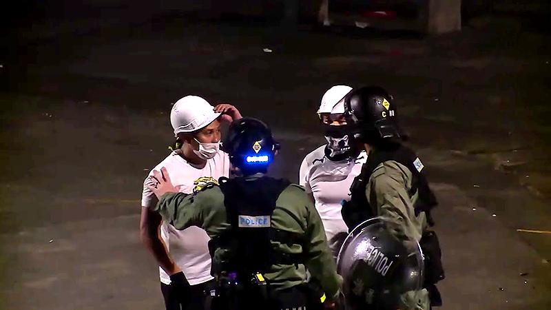 Cựu cảnh sát HK tiết lộ: Nhóm côn đồ áo trắng tấn công nhà ga Nguyên lãng ngày 21/7 là cảnh sát HK (ảnh 3)