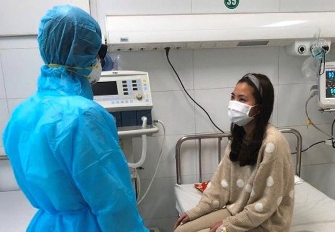 Nữ bệnh nhân dương tính với virus corona đang được điều trị tại Bệnh viện Đa khoa tỉnh Thanh Hóa. (Ảnh qua nld)