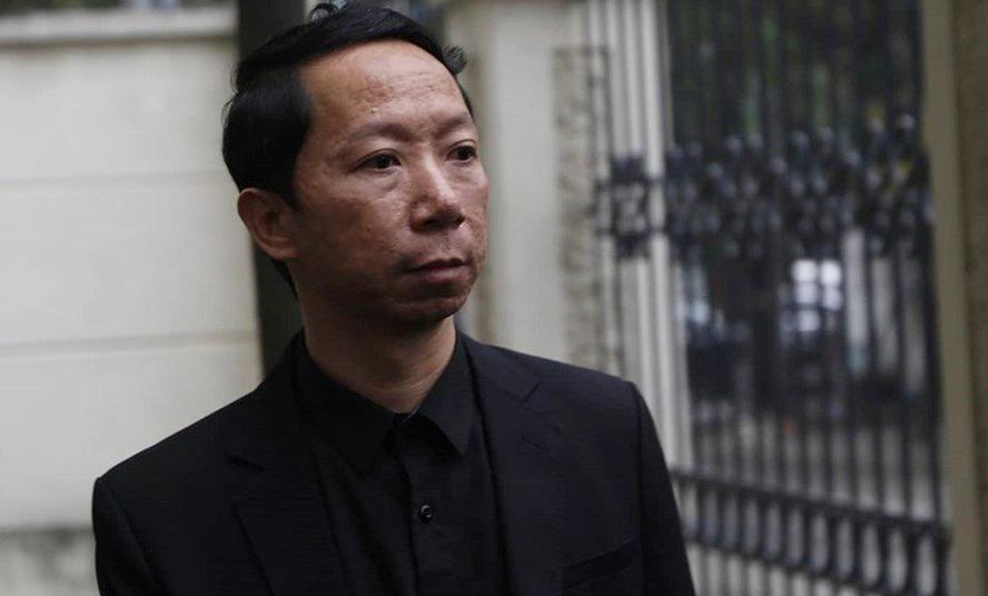 Ông Lê Văn Sơn, bố ruột bé Lê Hoàng Long - nam sinh trường Gateway. (Ảnh qua laodong)