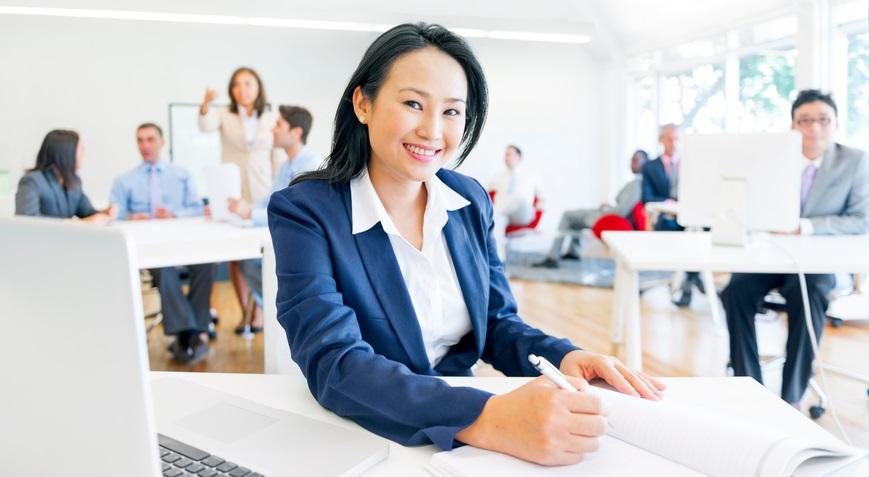Phụ nữ sẽ dễ thành công hơn khi có một nhóm bạn nữ thân thiết
