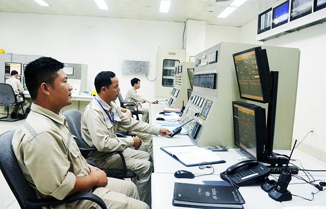 Quảng Ninh Tiếng nổ lớn tại nhà máy nhiệt điện Uông Bí, cột khói bốc cao hàng chục mét-ảnh 1