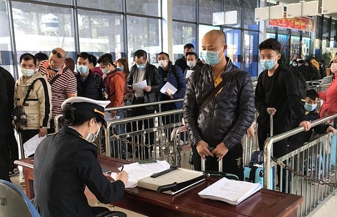 Quảng Ninh Xây bệnh viện dã chiến để ứng phó với dịch virus corona-ảnh 2