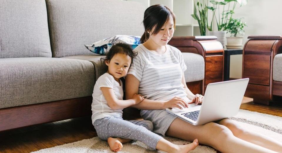 Sau khi sinh con, phụ nữ chỉ có khoảng 1 giờ mỗi ngày cho bản thân
