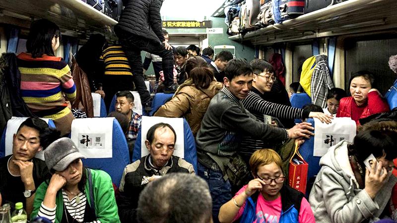 3 tỷ lượt người về quê ăn tết ở Đại lục, lo ngại dịch viêm phổi Vũ Hán sẽ bị lan rộng (ảnh 1)