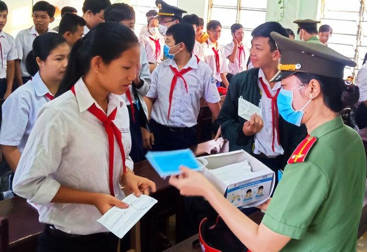 63 tỉnh thành đã cho học sinh nghỉ học để phòng chống dịch do virus corona-ảnh 3