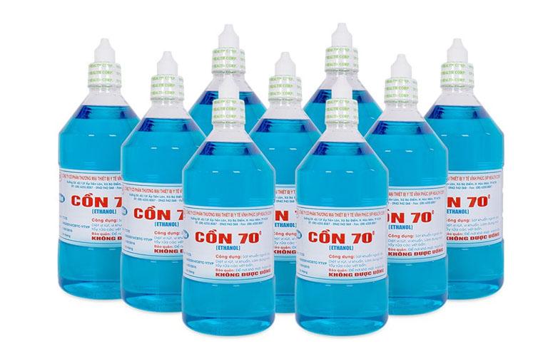 Khi chọn dung dịch rửa tay để phòng ngừa virus cúm mùa hay virus corona, nên lựa chọn loại chứa cồn trên 75% (chỉ phần trăm cồn nguyên chất) là được.