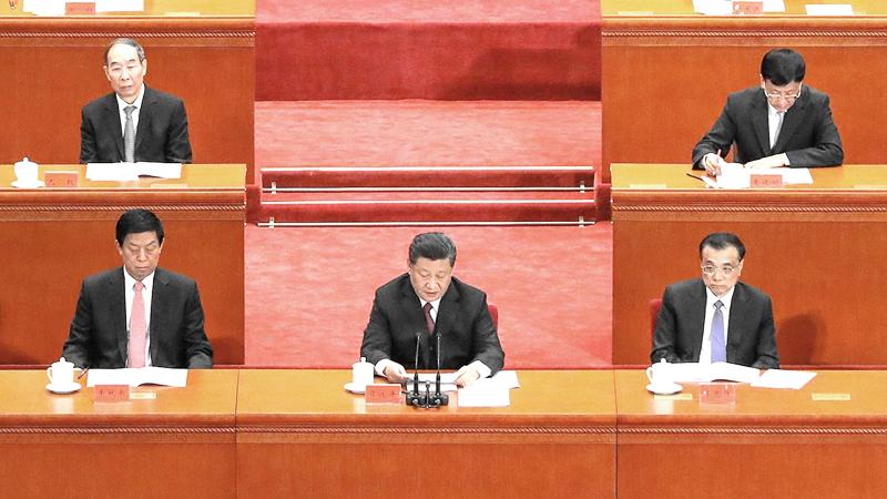 Dịch bệnh ở Vũ Hán nằm ngoài tầm kiểm soát, ngày đầu tiên của năm mới, Tập Cận Bình đã triệu tập Ủy ban Thường vụ để thảo luận về đối sách ứng phó. (Ảnh: Getty)