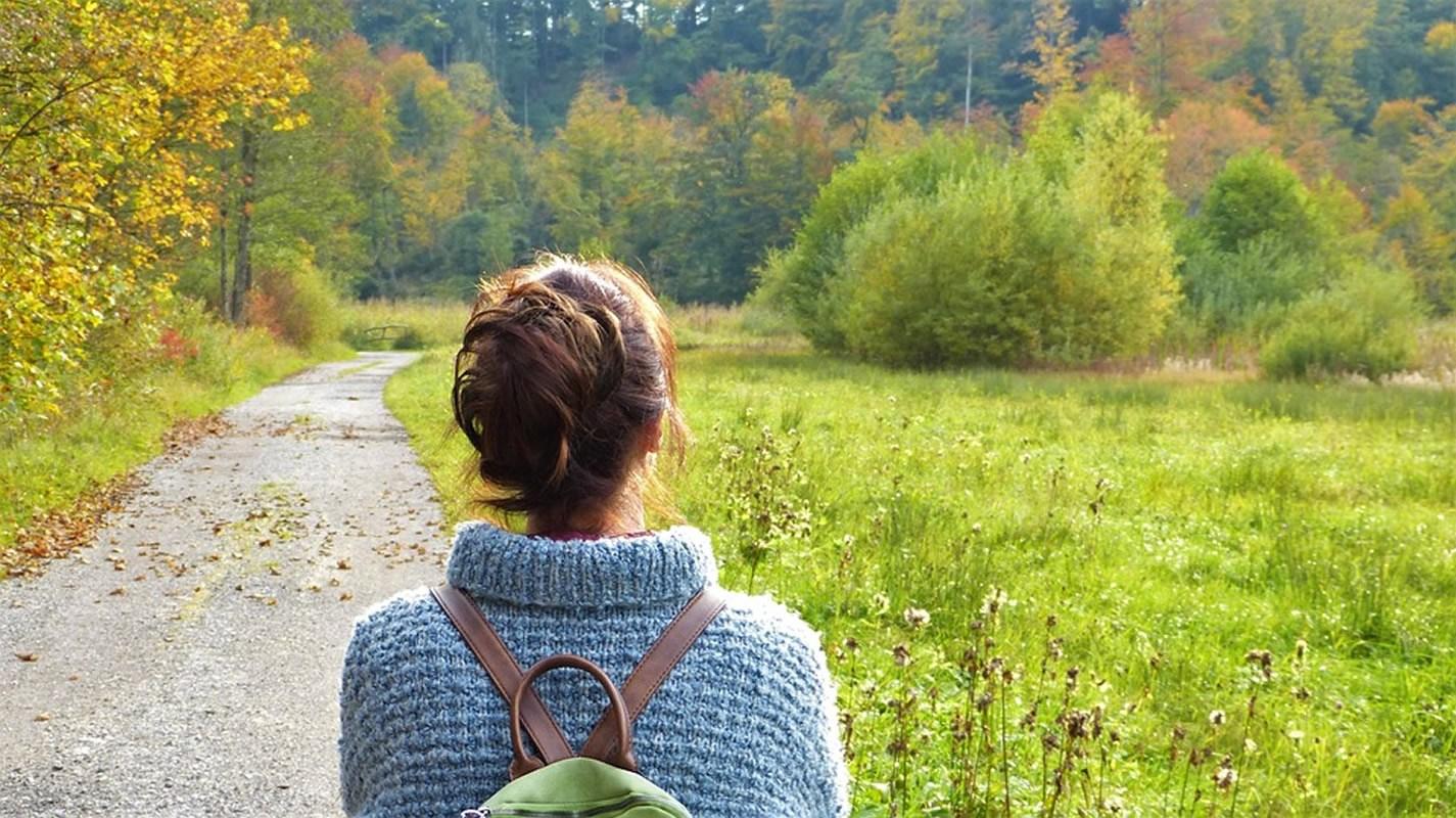 Các hoạt động ngoài trời ngoài việc giúp chúng ta mau chóng có được cảm giác bình an và mãn nguyện. Đồng thời có thể làm giảm sự trầm cảm. (Ảnh)