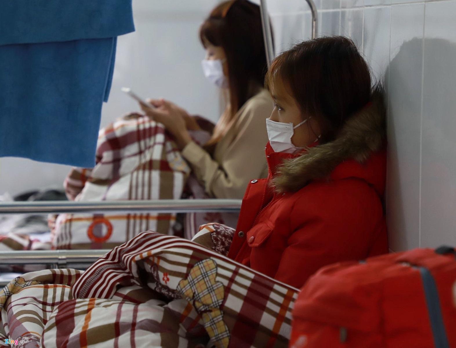 Bộ LĐTB&XH cho biết hiện có hơn 5.000 lao động người Trung Quốc đang cách ly, theo dõi tại Việt Nam. (Ảnh qua Zing)