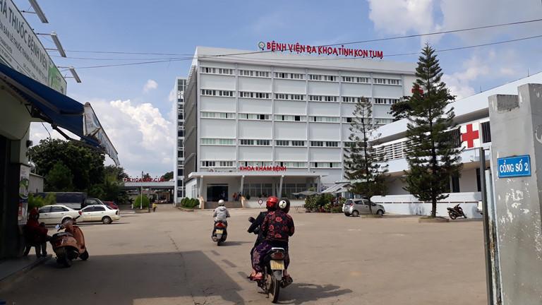 Hai bệnh nhân dương tính với cúm A/H1N1 đang được điều trị tại Bệnh viện Đa khoa tỉnh Kon Tum. (Ảnh qua thanhnien)