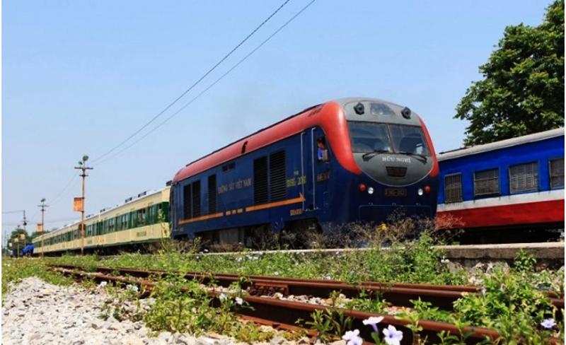 Ngành đường sắt đang đối mặt với nguy cơ dừng chạy tàu vì không có tiền trả lương cho hơn 11.000 lao động. (Ảnh qua enterview)