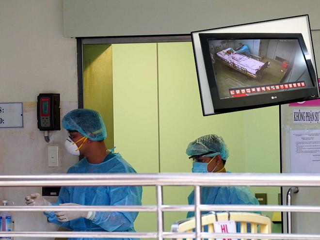 Phòng áp lực âm là nơi cách ly điều trị bệnh nhân nhiễm viêm phổi Vũ Hán tại Bệnh viện Bệnh nhiệt đới TP.HCM. (Ảnh qua thanhnien)