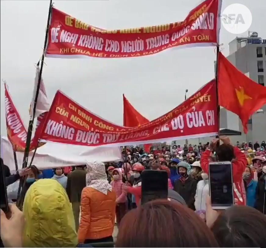 Hà Nam 5.000 công nhân 'đình công' vì phải làm việc với người TQ 2