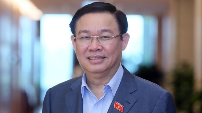 Tân bí thư Thành ủy Hà Nội Vương Đình Huệ. (Ảnh qua thanhnien)