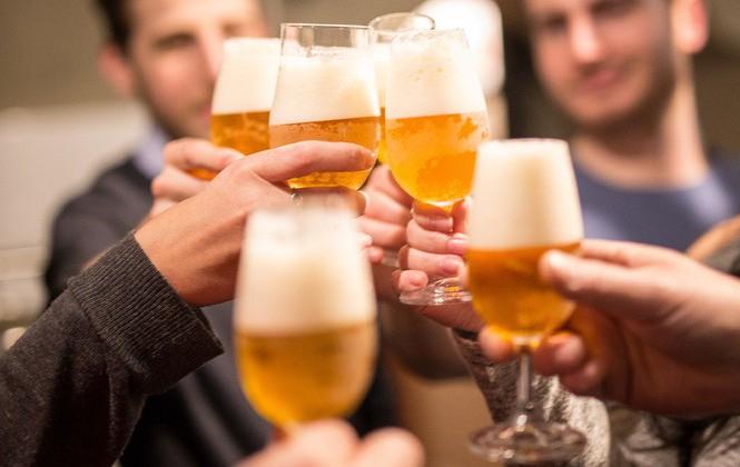 Sử dụng bia rượu bao nhiêu là có hại?