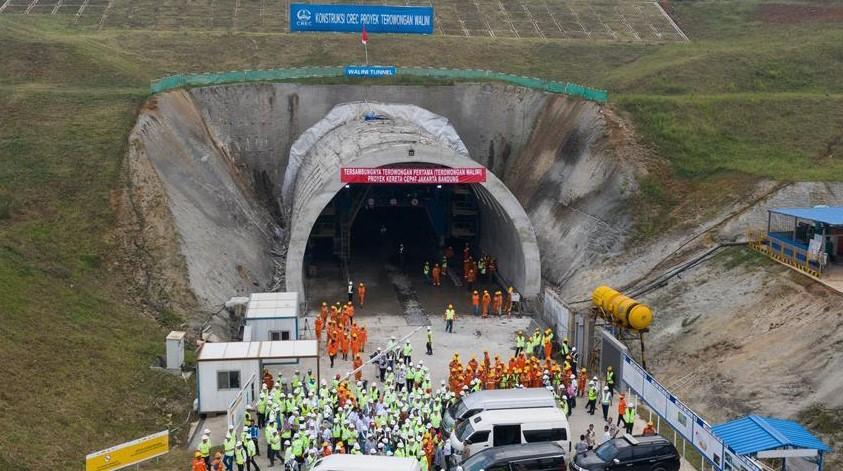 Đường hầm thuộc dự án đường sắt cao tốc Jakarta – Bandung ở Indonesia hồi tháng 5/2019. (Ảnh qua  Xinhua)
