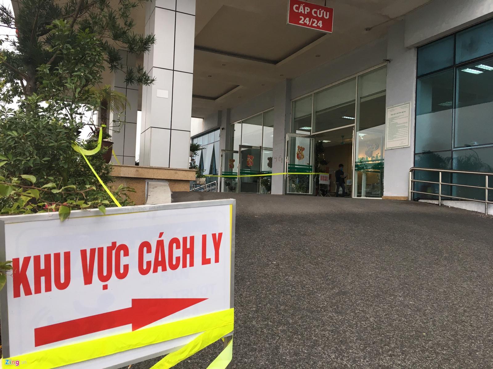 Bệnh viện Bệnh Nhiệt đới Trung ương cơ sở Kim Chung, Đông Anh, Hà Nội, nơi đang điều trị cho nhiều người nhiễm SARS-CoV-2. (Ảnh qua Zing)