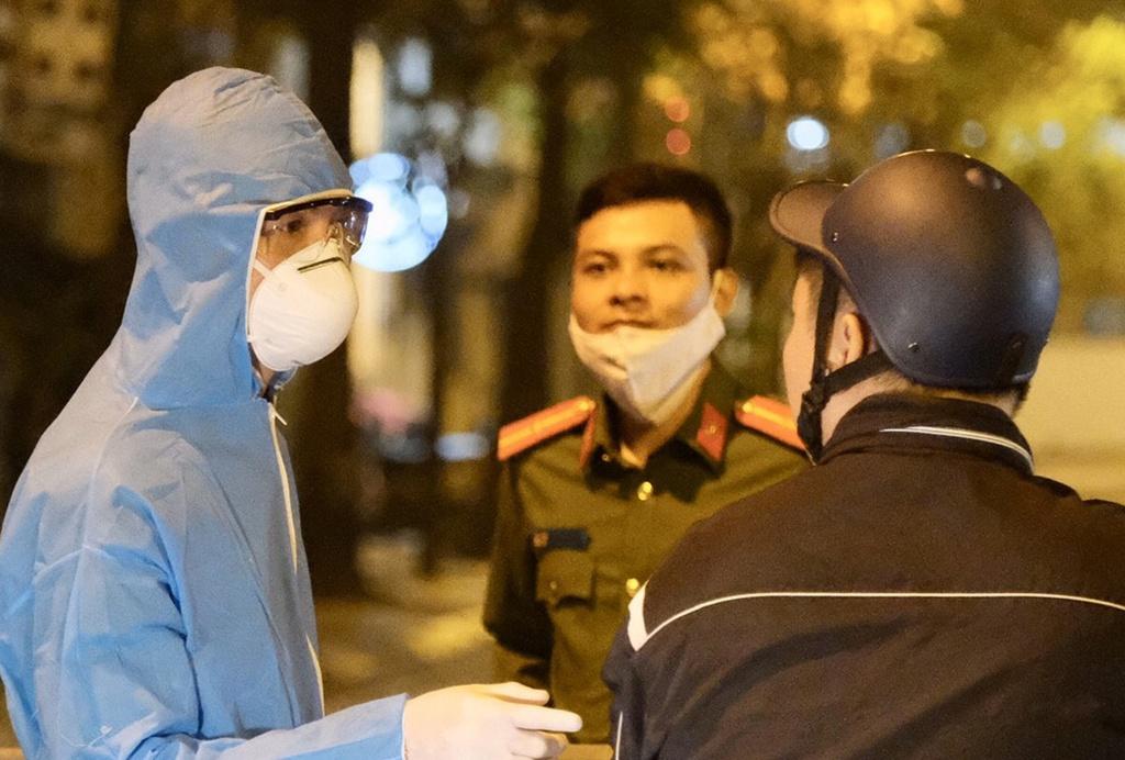 Đêm 6/3, Hà Nội chính thức công bố ca nhiễm Covid-19 đầu tiên và thứ 17 tại Việt Nam. (Ảnh qua Zing)