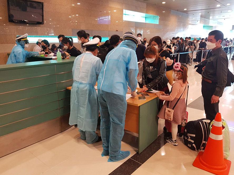 Chỉ trong 2 tháng đầu năm, 1,6 triệu du khách Trung Quốc, Hàn Quốc đến Việt Nam 2