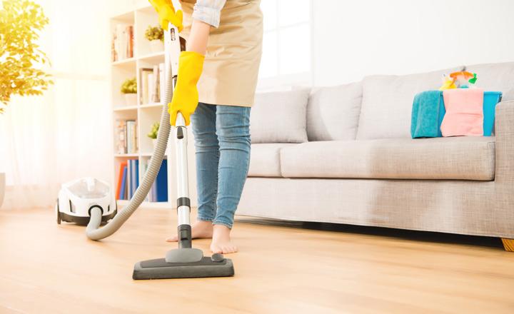 Thường xuyên dọn vệ sinh nhà cửa sạch sẽ.