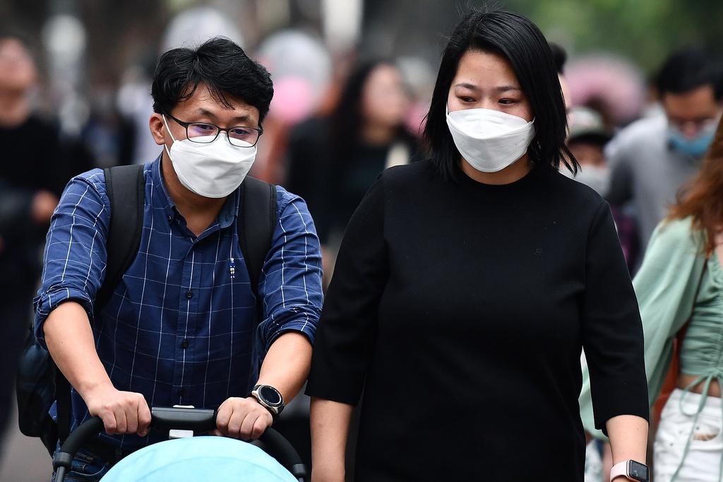 Khoảng 2.000 người Hàn Quốc nhập cảnh ở Hà Nội chưa đủ 14 ngày. (Ảnh qua Zing)
