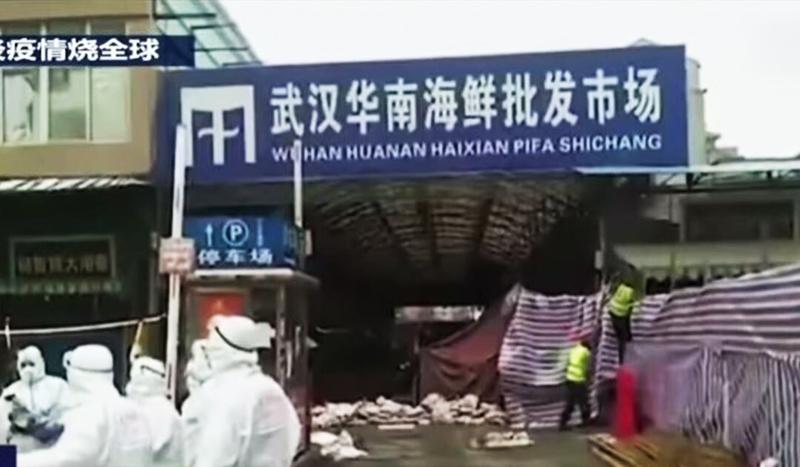 Vào ngày 3/3, chính quyền Vũ Hán đột nhiên khử trùng toàn diện chợ hải sản Hoa Nam, hoạt động khử trùng này kéo dài đến 3 ngày.