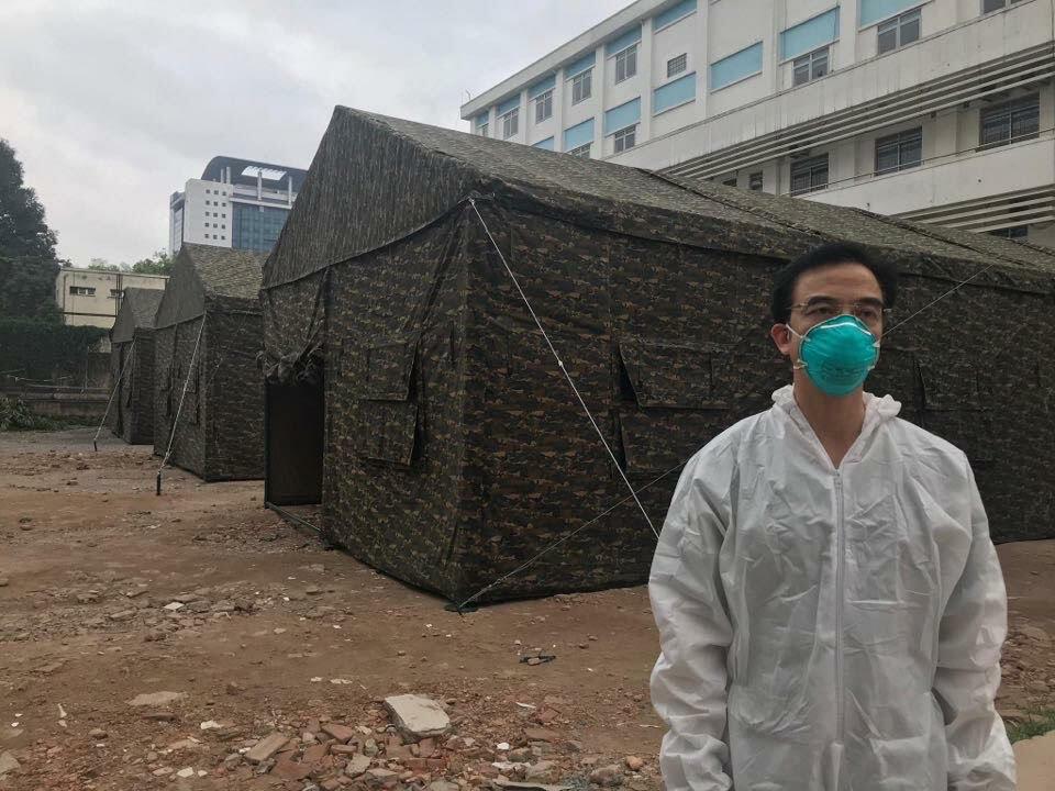 """Hà Nội """"Đóng băng"""" BV Bạch Mai, truy tìm 40.000 người từng ra vào bệnh viện từ 20-3 4"""