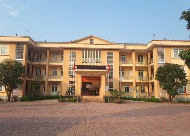 Hà Tĩnh Du học sinh trốn cách ly để đi đám cưới, chủ tịch UBND bị phê bình