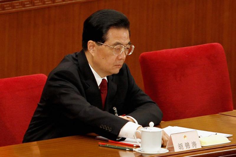 """RFI bình luận rằng, so với các phương tiện truyền thông chính thức của ĐCSTQ ngày nay cổ súy muốn thế giới cảm ơn Trung Quốc, ngang ngược vô lễ, thì """"ông Hồ thực sự là một người khiêm tốn""""."""