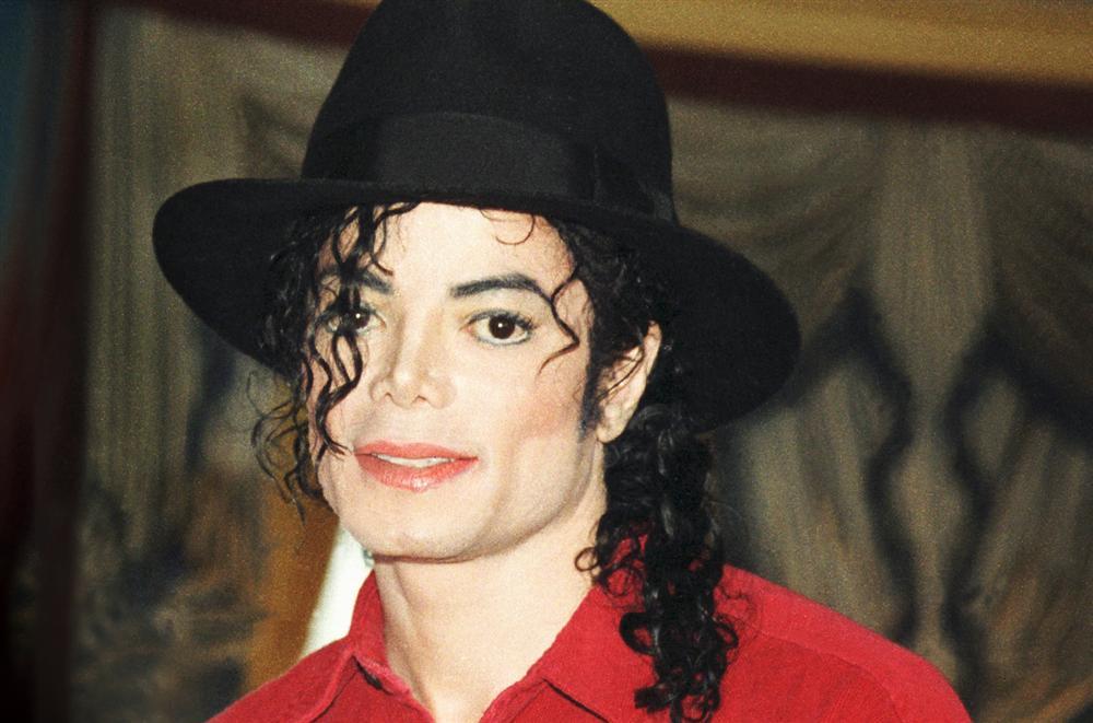 Michael Jackson từng là một tín đồ của Satan giáo.