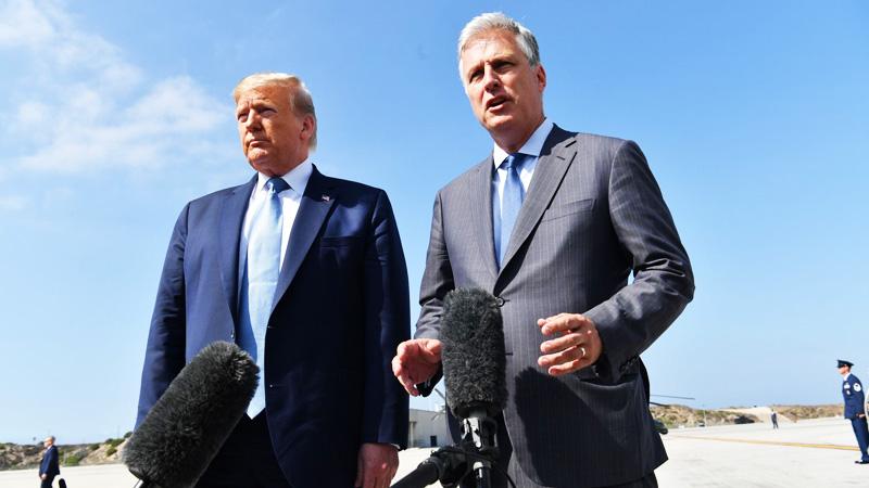 Cố vấn An ninh Quốc gia Mỹ Robert O'Brien và Tống thống Donald Trump.
