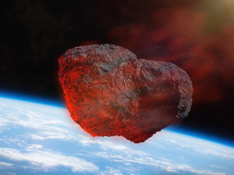 Một tiểu hành tinh lớn gấp rưỡi ngọn Phan Xi Păng đang lao tới Trái Đất